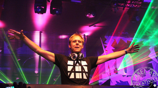 armin_van_buuren_by_label89-d4fpa8g-680x382