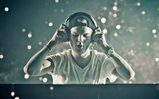 aviciitomorrowland152