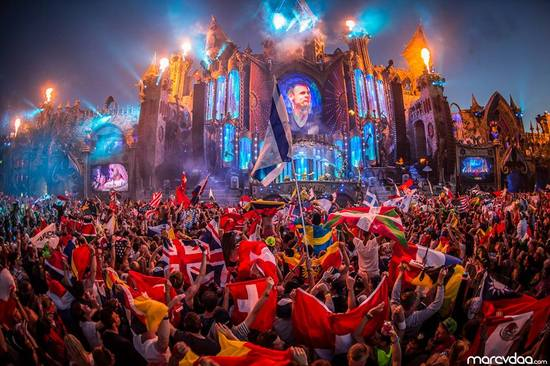 tomorrowland2015armin2