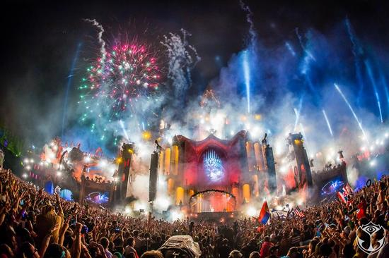 tomorrowland2015photo2