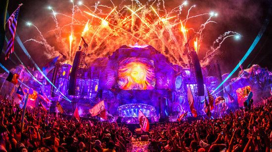 tomorrowworld2015