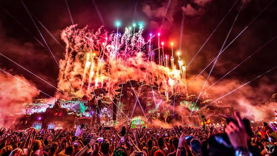 tomorrowland2016_2