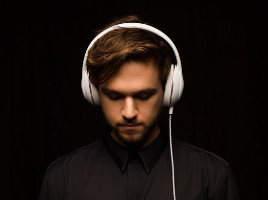 Zedd_Headphone_8